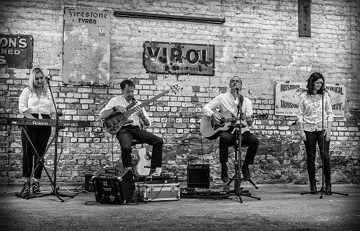 hazeyjane at Rushden Railway Goods Shed, Sept 2019. Photo credit: Chiara Arciero